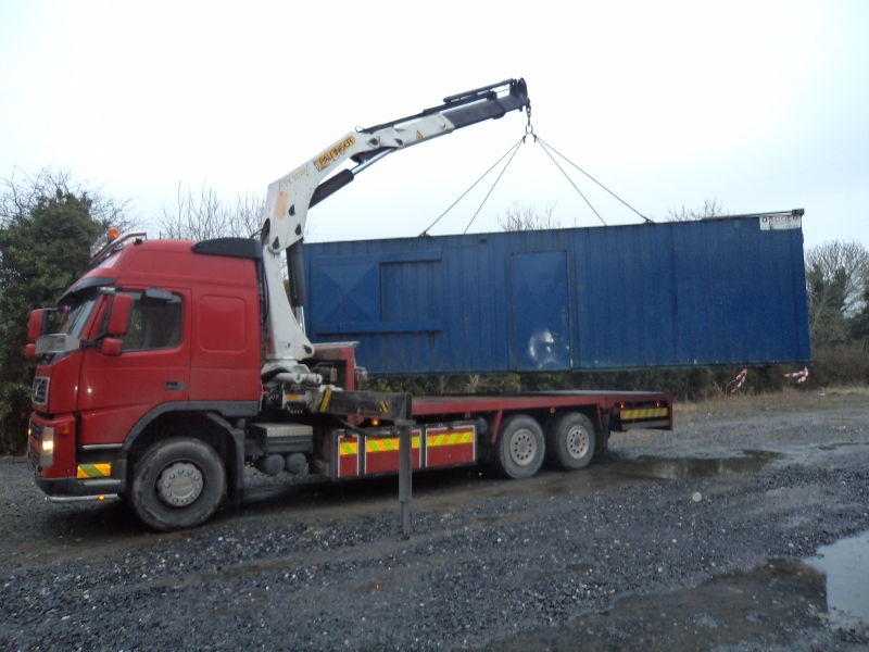Truck mounted crane transport